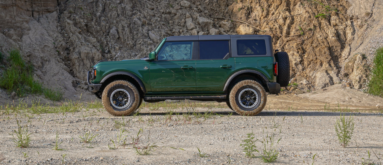 Ford Bronco Releases Two New Hues for '22