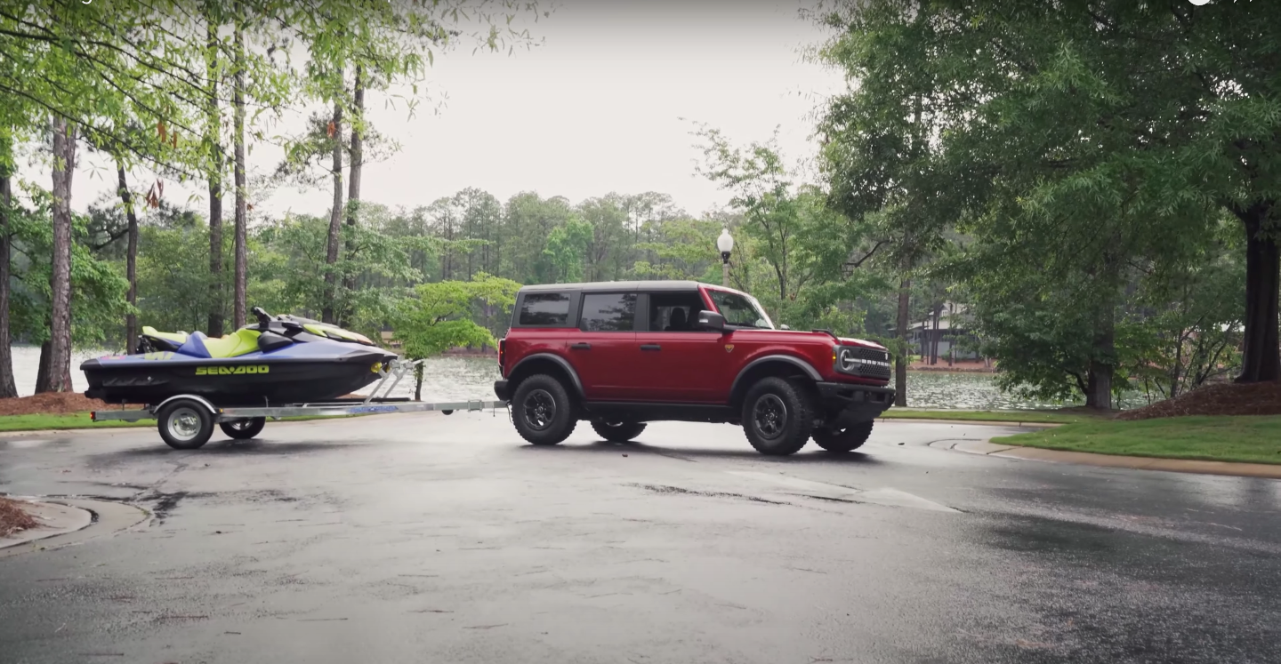 Towing with the 2021 Ford Bronco: Video
